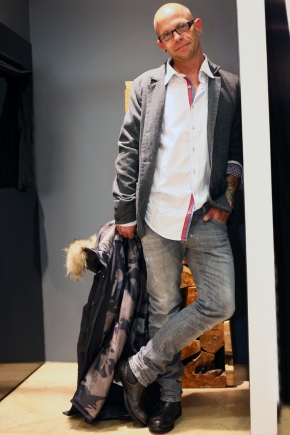 Manuel-in-Bomboogie-Daune-Parka-Daniele-Fiesoli-Sacco-Q1-Hemd-Dsquared-Jeans-Hamlet-Stiefel