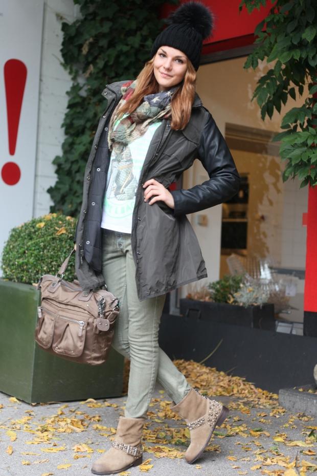 Saskia-Bock-in-Maison-Scotch-Soda-PArka-Leder-Arm-My-Brand-Shirt-Louis-Vuitton-Please-Jeans-Mr-Wolf-Boots-Stiefel-Nieten-Please-Schal-Scarf-George-Gina-Lucy-Tasche-Bag