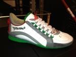 Dsquared-Sneaker-Weiß-Graue-Streifen-Grüne-Sohle