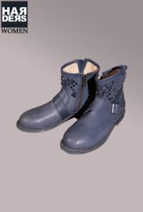 Nylon-Biker-Stiefel-Boot-Cloud-Blau-Schnalle-Nieten-Leder-Rahmen-Naht-Sohle-Harders-Fashion-Mode-Damen-Herren-Men-Women-Brand-Designer-Label-Marken-Duisburg-Frühjahr-Sommer-Spring-Summer-2013png