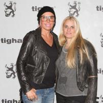 Tigha-1h-Tresor-Berlin-Show-Order-Bread-Butter-Premium-Januar-2013