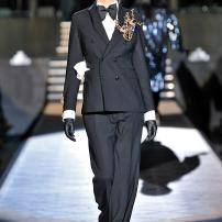 1c-Dsquared-DSQ-Les-Dames-Masculines-Fashion-Show