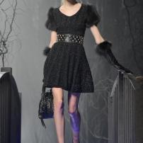 1e-Philipp-Plein-Fashion-Show-Grace-Jones-Fall-Winter-Herbst-Winter-2013-2014-The-fairy-Tale-Forest