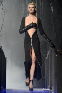1h-Philipp-Plein-Fashion-Show-Grace-Jones-Fall-Winter-Herbst-Winter-2013-2014-The-fairy-Tale-Forest
