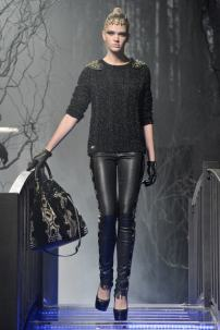 1j-Philipp-Plein-Fashion-Show-Grace-Jones-Fall-Winter-Herbst-Winter-2013-2014-The-fairy-Tale-Forest