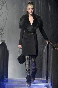 1l-Philipp-Plein-Fashion-Show-Grace-Jones-Fall-Winter-Herbst-Winter-2013-2014-The-fairy-Tale-Forest