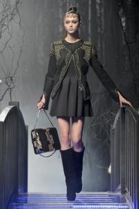 1m-Philipp-Plein-Fashion-Show-Grace-Jones-Fall-Winter-Herbst-Winter-2013-2014-The-fairy-Tale-Forest