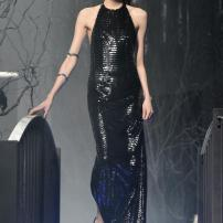 1q-Philipp-Plein-Fashion-Show-Grace-Jones-Fall-Winter-Herbst-Winter-2013-2014-The-fairy-Tale-Forest
