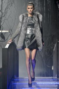 1r-Philipp-Plein-Fashion-Show-Grace-Jones-Fall-Winter-Herbst-Winter-2013-2014-The-fairy-Tale-Forest