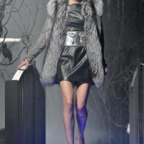 1r-Philipp-Plein-Fashion-Show-Grace-Jones-Fall-Winter-Herbst-Winter-2013-2014-The-fairy-Tale-Forest