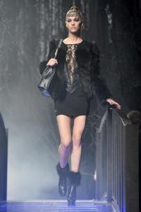 2a-Philipp-Plein-Fashion-Show-Grace-Jones-Fall-Winter-Herbst-Winter-2013-2014-The-fairy-Tale-Forest