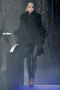 2f-Philipp-Plein-Fashion-Show-Grace-Jones-Fall-Winter-Herbst-Winter-2013-2014-The-fairy-Tale-Forest