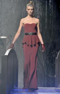 2g-Philipp-Plein-Fashion-Show-Grace-Jones-Fall-Winter-Herbst-Winter-2013-2014-The-fairy-Tale-Forest