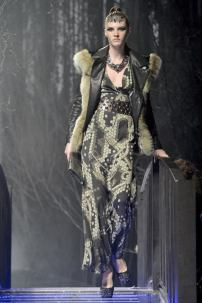 2k-Philipp-Plein-Fashion-Show-Grace-Jones-Fall-Winter-Herbst-Winter-2013-2014-The-fairy-Tale-Forest