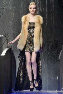 2o-Philipp-Plein-Fashion-Show-Grace-Jones-Fall-Winter-Herbst-Winter-2013-2014-The-fairy-Tale-Forest