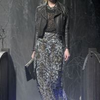 2q-Philipp-Plein-Fashion-Show-Grace-Jones-Fall-Winter-Herbst-Winter-2013-2014-The-fairy-Tale-Forest