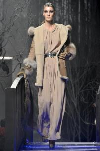 2t-Philipp-Plein-Fashion-Show-Grace-Jones-Fall-Winter-Herbst-Winter-2013-2014-The-fairy-Tale-Forest