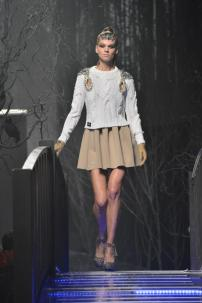 2u-Philipp-Plein-Fashion-Show-Grace-Jones-Fall-Winter-Herbst-Winter-2013-2014-The-fairy-Tale-Forest