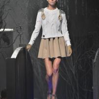 2u-Philipp-Plein-Fashion-Show-Grace-Jones-Fall-Winter-Herbst-Winter-2013-2014-The-fairy-Tale-Forest