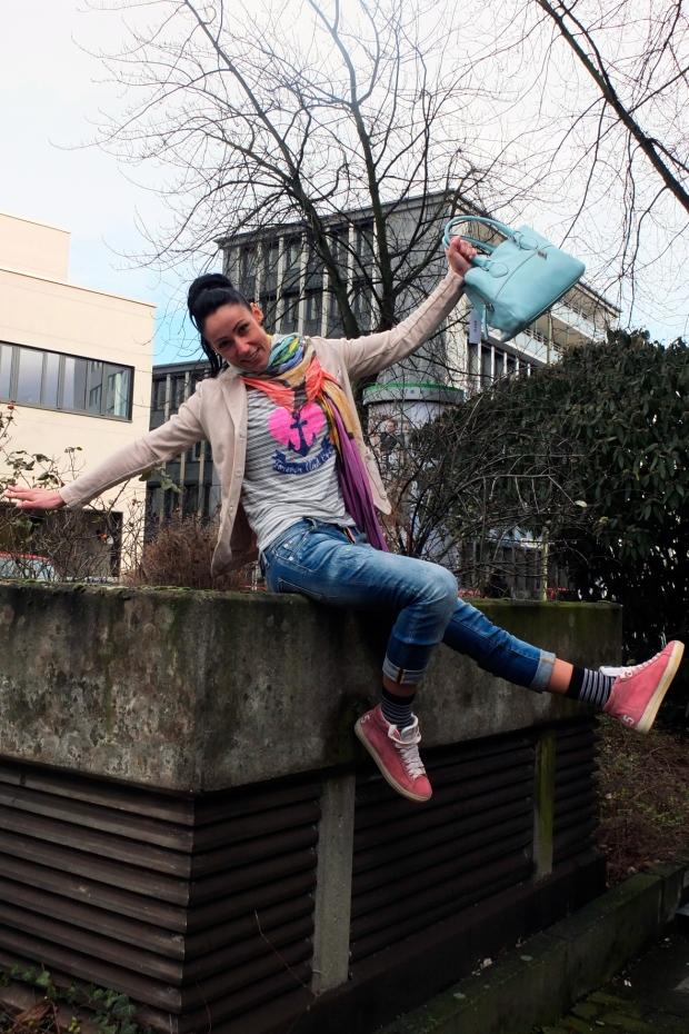 Blog-Sandra-Veith-Liebeskind-Blazer-The-Hip-Tee-Shirt-Dsquared-Jeans-Cycle-Sneaker-Patrzia-Pepe-Schal-Abro-Tasche-Harders-Onlineshop-Onlinestore-Fashion-Designer-Mode-Damen-Herren-Men-Women-Spring-Summer-Frühjahr-Sommer-2013