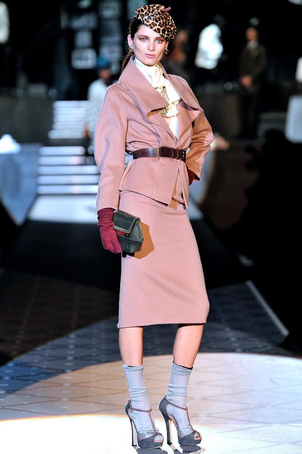 q-Dsquared-DSQ-Les-Dames-Masculines-Fashion-Show