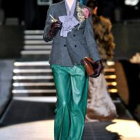 t-Dsquared-DSQ-Les-Dames-Masculines-Fashion-Show
