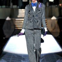 v-Dsquared-DSQ-Les-Dames-Masculines-Fashion-Show