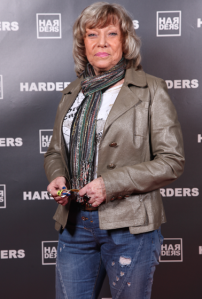 1d-Harders-Spring-Lounge-Roter-Teppich-Frühjahr-Sommer-Summer-Event-Mode-Damen-Herren-Men-Women-2013-Design-Brand-Label