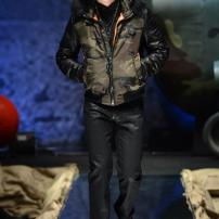 1d-Philipp-Plein-Fall-Winter-Fashion-Runway-Show-2013-2014-Regret-Nothing-mess-with-the-best-die-like-the-rest