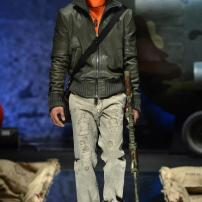1e-Philipp-Plein-Fall-Winter-Fashion-Runway-Show-2013-2014-Regret-Nothing-mess-with-the-best-die-like-the-rest