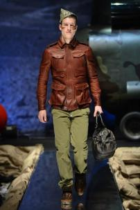 1k-Philipp-Plein-Fall-Winter-Fashion-Runway-Show-2013-2014-Regret-Nothing-mess-with-the-best-die-like-the-rest