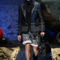 1w-Philipp-Plein-Fall-Winter-Fashion-Runway-Show-2013-2014-Regret-Nothing-mess-with-the-best-die-like-the-rest