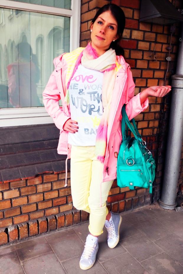 Mandy-Blog1-IQ+Parka-Frogbox-Shirt-Closed-Jeans-Cycle-Sneaker-George-Gina-Lucy-Tasche-Harders-Onlineshop-Onlinestore-Fashion-Designer-Mode-Damen-Herren-Men-Women-Spring-Summer-Frühjahr-Sommer-2013