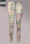 Please-Jeans-Slim-Stretch-Flower-Allover-Print-Vintage-Wash-Harders-Onlineshop-Onlinestore-Fashion-Designer-Mode-Damen-Herren-Men-Women-Spring-Summer-Frühjahr-Sommer-2013