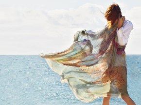 Faliero-Sarti-Schal-Modal-Seide-Rondinella-London-Port-More-Tobia-Giancarlo-Gandhi-Print-Allover-Harders-Onlineshop-Onlinestore-Fashion-Designer-Mode-Damen-Herren-Men-Women-Spring-Summer-Frühjahr-Sommer-2013