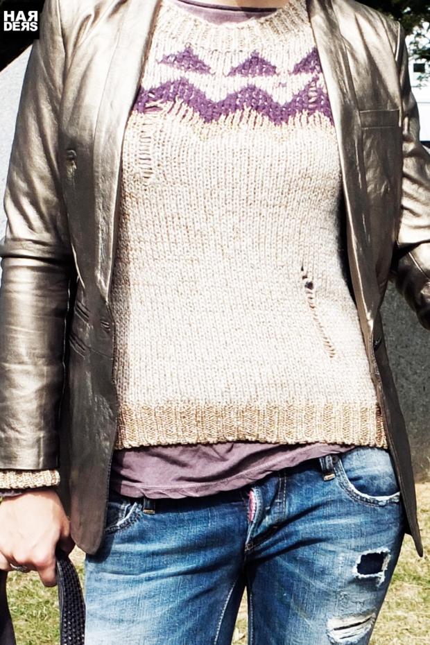 B2-Katharina-Woog-Set-Strick-Pullover-Leder-Blazer-Gold-2-blue-Sisters-Shirt-Dsquared-Jeans-Ghost-Stiefel-BBelt-Tasche-Vintage-Used-Oversize-Harders-Online-Shop-Store-Fashion-Designer-Mode-Damen-Herren-Men-Women-Jades-Soeren-Volls-Pool-Mientus-Fall