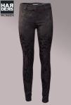 Drykorn-Jeans-Hose-Tights-Slim-Flower-Print-Schwarz-Black-Glanz-Metall-Schicht-Stretch-Kaschmir-Harders-Online-Shop-Store-Fashion-Designer-Mode-Damen-Herren-Men-Women-Pre-Kollektion-Fall-Winter-Herbst-2013-2014
