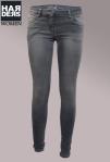 Patrizia-Pepe-Jeans-Slim-Stretch-Sandstrahl-Grau-Schicht-Optik-destroyed-Vintage-Used-Harders-Online-Shop-Store-Fashion-Designer-Mode-Damen-Herren-Men-Women-Jades-Soeren-Volls-Pool-Mientus-Fall-Winter-Herbst-2013-2014