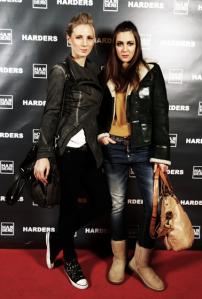 5e-Servatius-Grothwinkel-Porsche-40-Jahre-Party-Models-Cocktail-Ambulanz-Eric-Smax-Dustin-Gray-Fatih-Dursun-Dsquared-Rolf-Buhe-Retrograd-Harders-Online-Shop-Store-Fashion-Designer-Mode-Damen-Herren-Men-Women-Fall-Winter-Herbst-2013-2014