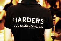 6v-Servatius-Grothwinkel-Porsche-40-Jahre-Party-Models-Cocktail-Ambulanz-Eric-Smax-Dustin-Gray-Fatih-Dursun-Dsquared-Rolf-Buhe-Retrograd-Harders-Online-Shop-Store-Fashion-Designer-Mode-Damen-Herren-Men-Women-Fall-Winter-Herbst-2013-2014