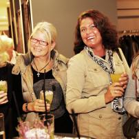 7c-Servatius-Grothwinkel-Porsche-40-Jahre-Party-Models-Cocktail-Ambulanz-Eric-Smax-Dustin-Gray-Fatih-Dursun-Dsquared-Rolf-Buhe-Retrograd-Harders-Online-Shop-Store-Fashion-Designer-Mode-Damen-Herren-Men-Women-Fall-Winter-Herbst-2013-2014