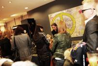 7l-Servatius-Grothwinkel-Porsche-40-Jahre-Party-Models-Cocktail-Ambulanz-Eric-Smax-Dustin-Gray-Fatih-Dursun-Dsquared-Rolf-Buhe-Retrograd-Harders-Online-Shop-Store-Fashion-Designer-Mode-Damen-Herren-Men-Women-Fall-Winter-Herbst-2013-2014