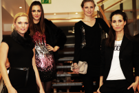 8w-Servatius-Grothwinkel-Porsche-40-Jahre-Party-Models-Cocktail-Ambulanz-Eric-Smax-Dustin-Gray-Fatih-Dursun-Dsquared-Rolf-Buhe-Retrograd-Harders-Online-Shop-Store-Fashion-Designer-Mode-Damen-Herren-Men-Women-Fall-Winter-Herbst-2013-2014