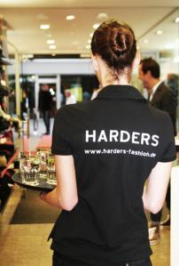aw-Servatius-Grothwinkel-Porsche-40-Jahre-Party-Models-Cocktail-Ambulanz-Eric-Smax-Dustin-Gray-Fatih-Dursun-Dsquared-Rolf-Buhe-Retrograd-Harders-Online-Shop-Store-Fashion-Designer-Mode-Damen-Herren-Men-Women-Fall-Winter-Herbst-2013-2014