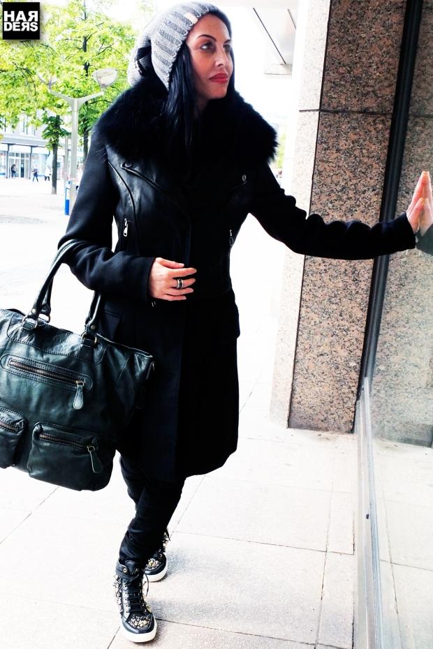 Blog1-Blonde-No-8-Mantel-Parka-Liebeskind-Lenya-Thermore-Biker-Leder-Leather-Pelz-Kragen-Fur-Harders-Online-Shop-Store-Fashion-Designer-Mode-Damen-Herren-Men-Women-Jades-Soeren-Volls-Pool-Mientus-Fall-Winter-Herbst-2013-2014