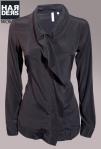 Aglini-Bluse-Hemd-Shirt-Nancyde1-D174-Seide-Überwurf-Rüsche-Vintage-Harders-Online-Shop-Store-Fashion-Designer-Mode-Damen-Herren-Men-Women-Jades-Soeren-Volls-Pool-Mientus-Fall-Winter-Herbst-2013-2014