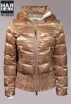 True-Religion-Jacke-Daune-Glanz-Champagner-Gold-Bund-Harders-Online-Shop-Store-Fashion-Designer-Mode-Damen-Herren-Men-Women-Jades-Soeren-Volls-Pool-Mientus-Fall-Winter-Herbst-2013-2014