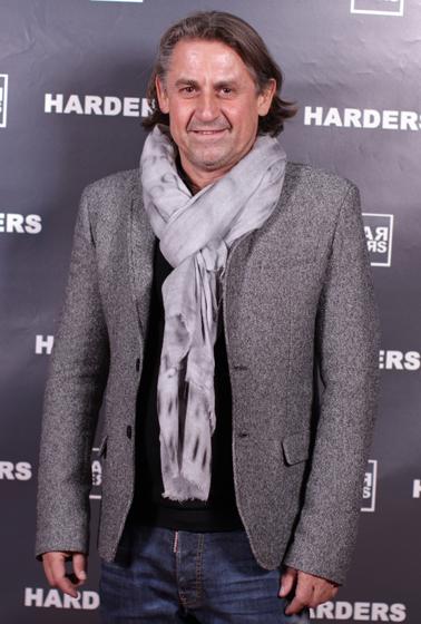 aa-Frank-Grothwinkel-Imperial-Dsquared-Advent-Lounge-Party-Event-Weihnachtsmarkt-Duisburg-Harders-Online-Shop-Store-Fashion-Designer-Mode-Damen-Herren-Men-Women-Jades-Soeren-Volls-Pool-Mientus-Fall-Winter-Herbst-2013-2014