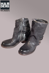 Airstep-Stiefel-Boots-Biker-Reißverschluss-Gamasche-Schwarz-Nieten-Studs-Schnalle-Washed-Vintage-Used-Harders-Online-Shop-Store-Fashion-Designer-Mode-Damen-Herren-Men-Women-Jades-Soeren-Volls-Pool-Mientus-Fall-Winter-Herbst-2013-2014