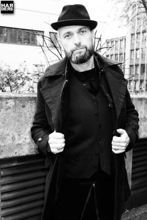 B3-Hannes-Roether-Michael-Retrograd-Zaba-Taurin-Pil-Zepo-Gilet-Ham-to-Nilson-Harders-Online-Shop-Store-Fashion-Designer-Mode-Damen-Herren-Men-Women-Jades-Soeren-Volls-Pool-Mientus-Fall-Winter-Herbst-2013-2014